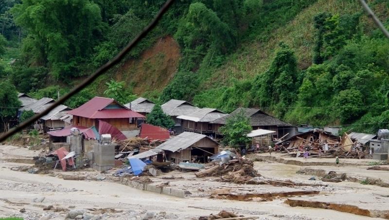 Tang thương gia đình 5 người ở Thanh Hóa bị lũ cuốn trôi-1