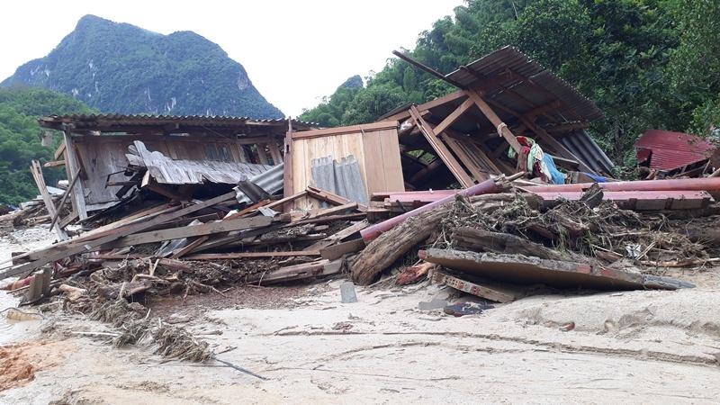 Tang thương gia đình 5 người ở Thanh Hóa bị lũ cuốn trôi-7