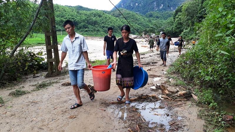 Tang thương gia đình 5 người ở Thanh Hóa bị lũ cuốn trôi-10