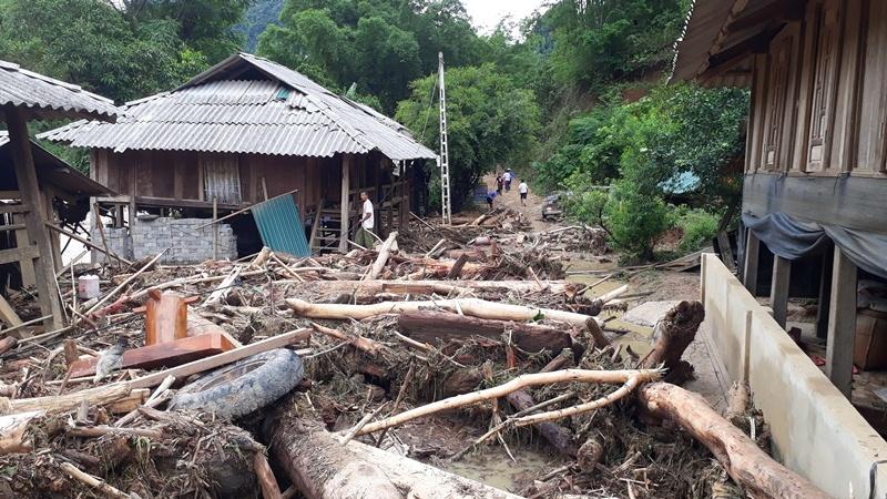 Tang thương gia đình 5 người ở Thanh Hóa bị lũ cuốn trôi-6