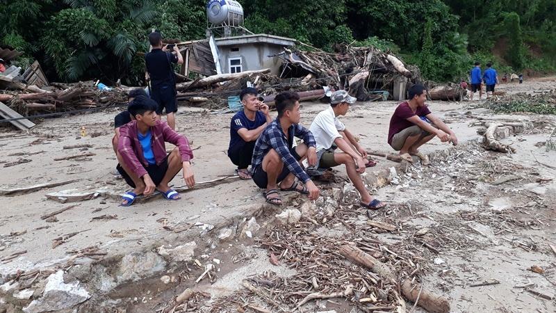 Tang thương gia đình 5 người ở Thanh Hóa bị lũ cuốn trôi-8