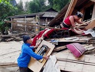 Tang thương gia đình 5 người ở Thanh Hóa bị lũ cuốn trôi
