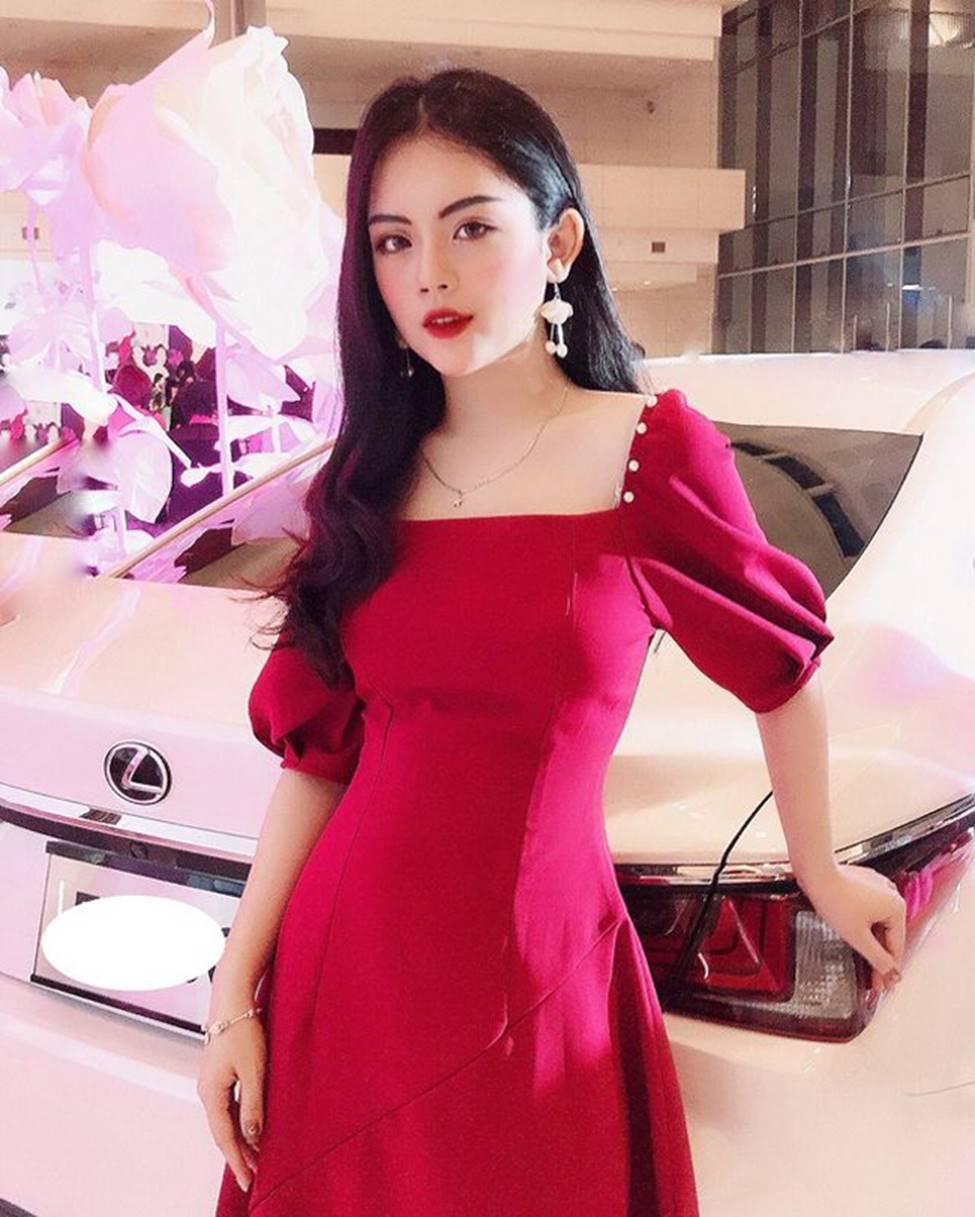 Dàn hot girl ĐH Ngoại thương xinh như hoa hậu Lương Thùy Linh-10