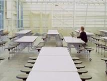 Học phí đắt đỏ, sinh viên Mỹ nhịn đói, bỏ bữa để có tiền trang trải