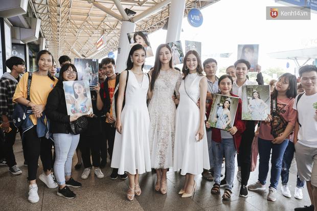 Tân Hoa hậu Lương Thùy Linh mặc giản dị, rạng rỡ cùng 2 Á hậu xuất hiện tại TP.HCM trong vòng tay người hâm mộ-14