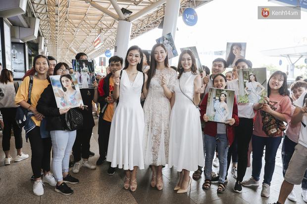 Tân Hoa hậu Lương Thùy Linh mặc giản dị, rạng rỡ cùng 2 Á hậu xuất hiện tại TP.HCM trong vòng tay người hâm mộ-13