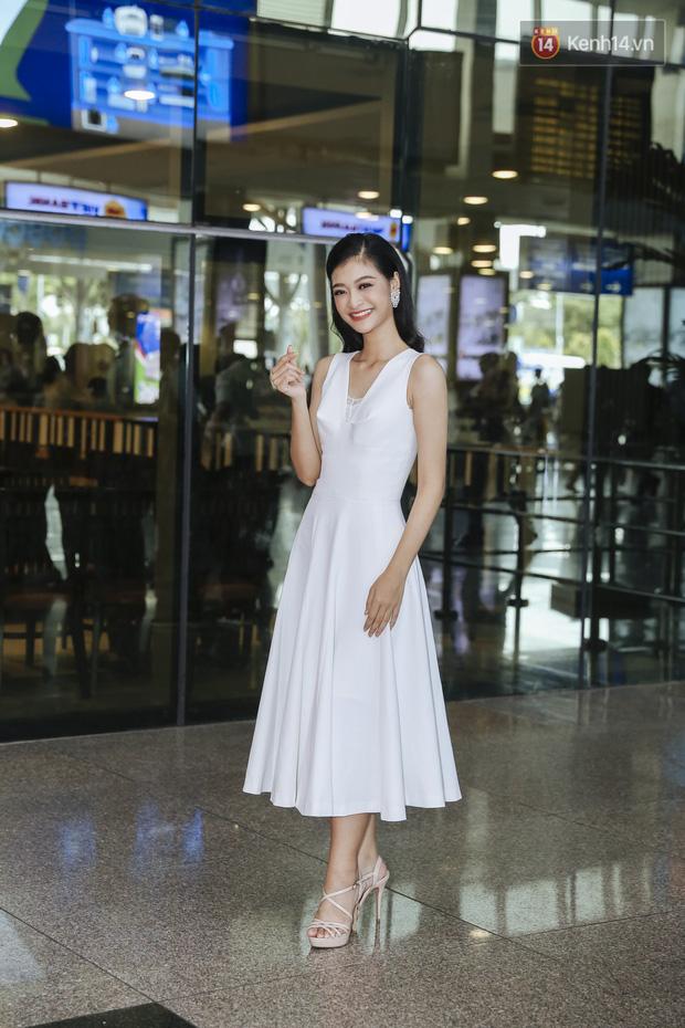 Tân Hoa hậu Lương Thùy Linh mặc giản dị, rạng rỡ cùng 2 Á hậu xuất hiện tại TP.HCM trong vòng tay người hâm mộ-4