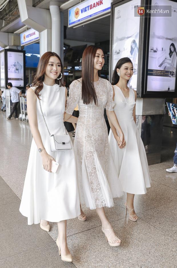 Tân Hoa hậu Lương Thùy Linh mặc giản dị, rạng rỡ cùng 2 Á hậu xuất hiện tại TP.HCM trong vòng tay người hâm mộ-6