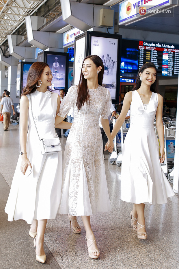 Tân Hoa hậu Lương Thùy Linh mặc giản dị, rạng rỡ cùng 2 Á hậu xuất hiện tại TP.HCM trong vòng tay người hâm mộ-9