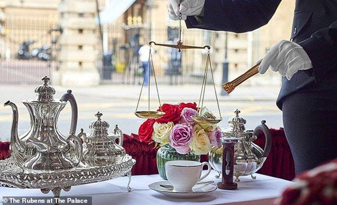 Ấm trà hơn 14 triệu tưởng cắt cổ, biết sự thật loại trà bên trong mới choáng-1