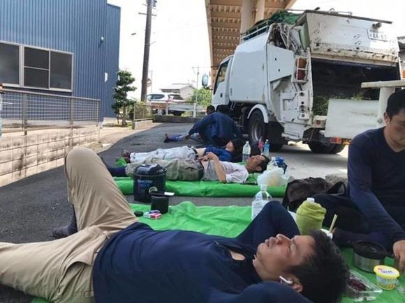 Đằng sau những tờ tiền người Việt ở Nhật gửi về quê: Bữa cơm toàn lạc với trứng, phơi thân giữa đường trong cái nóng 40 độ C-5