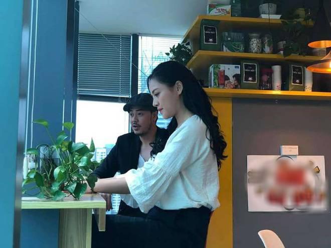 Chú Quốc phim Về nhà đi con: Cảnh tôi hôn Thu Quỳnh, vợ bảo cũng cuồng nhiệt đấy!-1