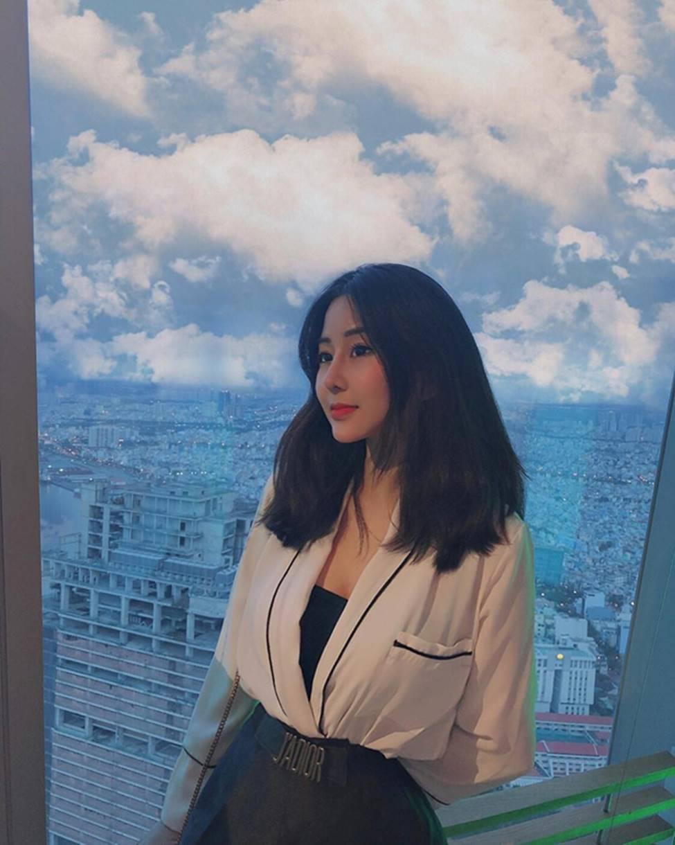 Mặc cho scandal điểm thi đại học thấp, hot girl Sài thành vẫn đăng ảnh gợi cảm thả thính-20