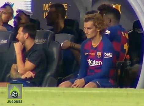 Messi từ chối bắt tay, tỏ thái độ khi Griezmann ngồi cạnh-1