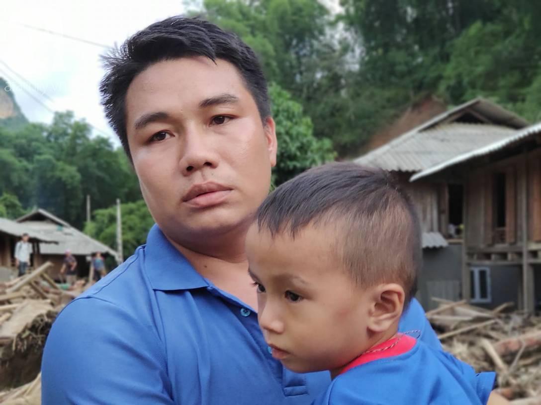 Ám ảnh tiếng khóc nghẹn của người dân vùng lũ, 12 người vẫn chưa trở về nhà: Con tôi còn nhưng bố mẹ bị nước cuốn cả rồi-7