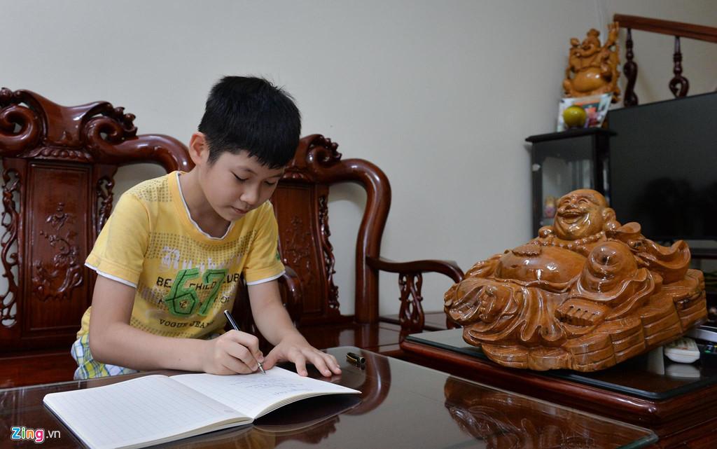 Mẹ là Giám đốc Kho bạc, gia đình Hoa hậu Lương Thuỳ Linh sống giản dị-5