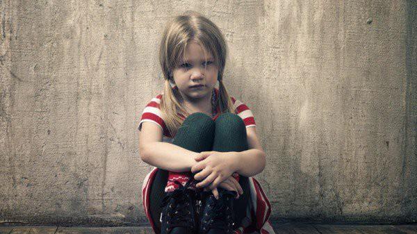 Nhặt được chiếc ví da, nhiều năm sau, cô bé mồ côi nhận được bản di chúc đáng kinh ngạc-2