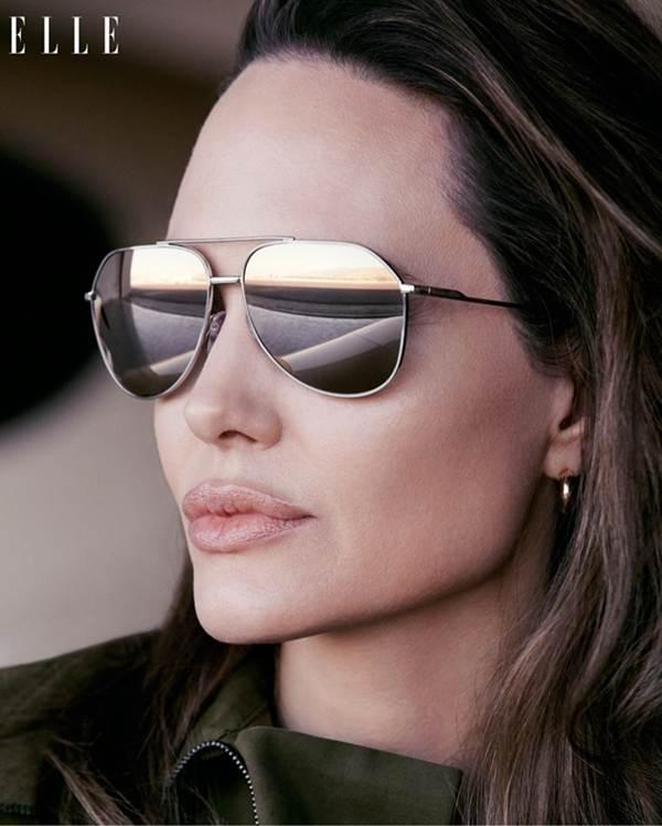 Angelina Jolie 44 tuổi đẹp rạng ngời với thần thái mê hoặc-6