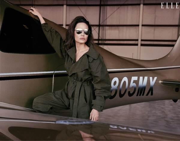 Angelina Jolie 44 tuổi đẹp rạng ngời với thần thái mê hoặc-7
