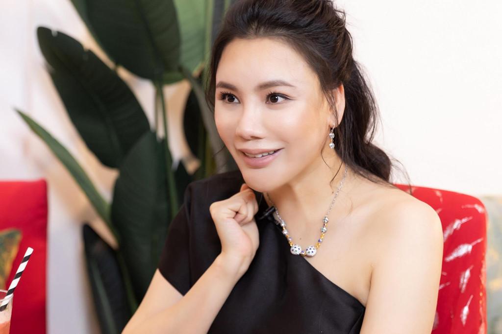 Hồ Quỳnh Hương: Tôi chảnh, rất lụy tình và tiêu tiền không cần đếm!-1