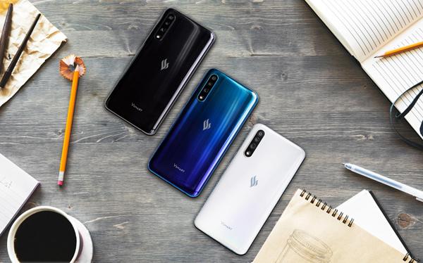 Điện thoại thông minh Vsmart thế hệ 2 chuẩn bị 'lên kệ'-1