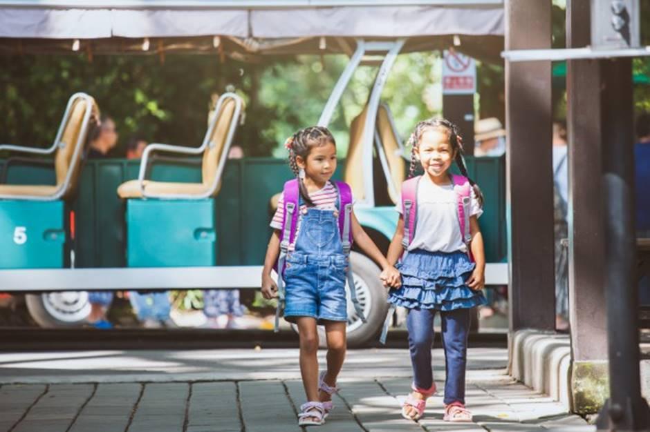 Trẻ nhỏ, đặc biệt là các em trường Gateway cần được nói về sự cố đau thương này một cách thẳng thắn và gửi vào đó thông điệp mang tên hi vọng-2