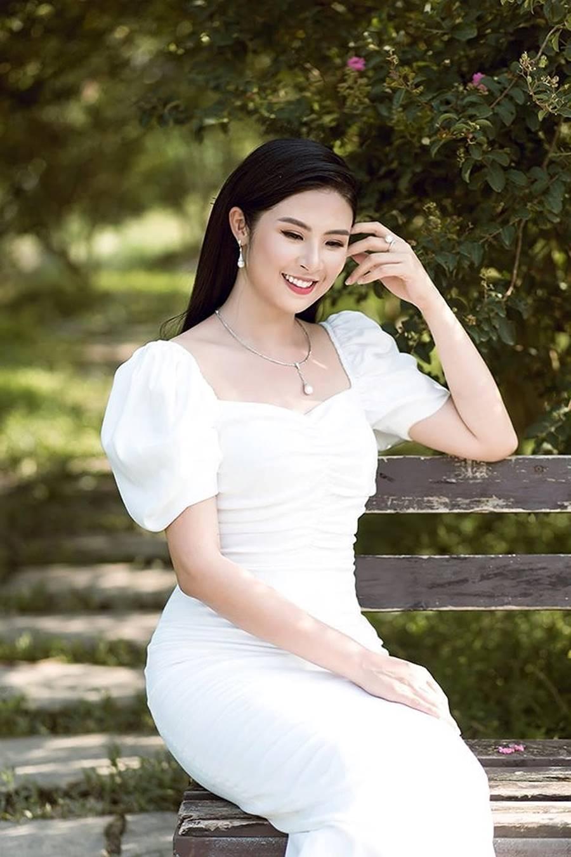Hoa hậu Tiểu Vy ăn chè đậu đỏ, đạp xe khắp Hội An tìm người yêu ngày thất tịch-14