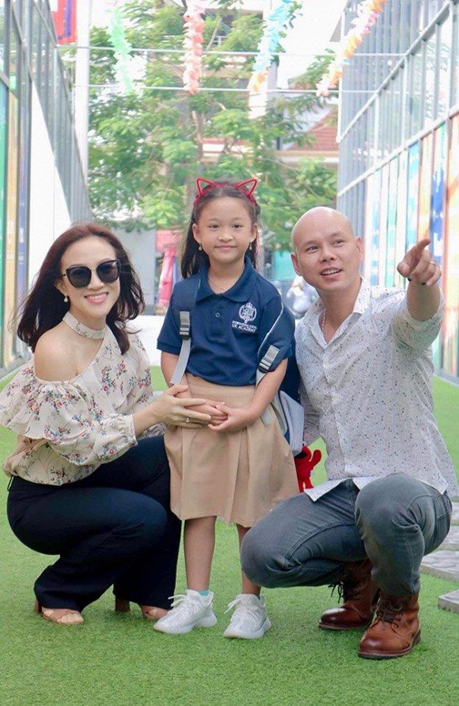 Sao Việt đưa con đi nhập học ngày đầu, tiết lộ toàn các trường quốc tế đắt đỏ-7