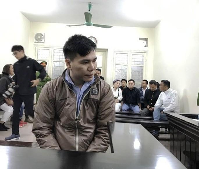 Ca sĩ Châu Việt Cường được giảm 2 năm tù-1