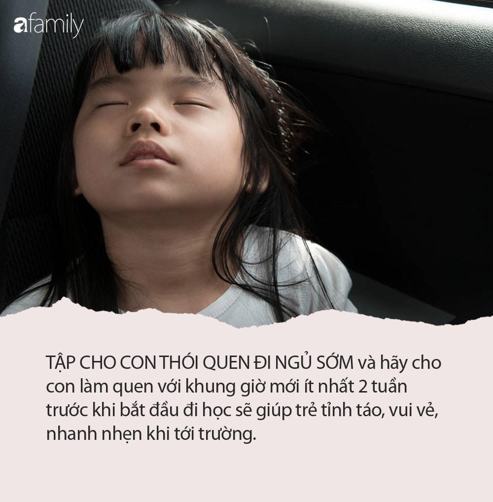 Việc đơn giản cha mẹ cần làm để trẻ không ngủ quên trên xe buýt tới trường hay gà gật trong lớp học-1