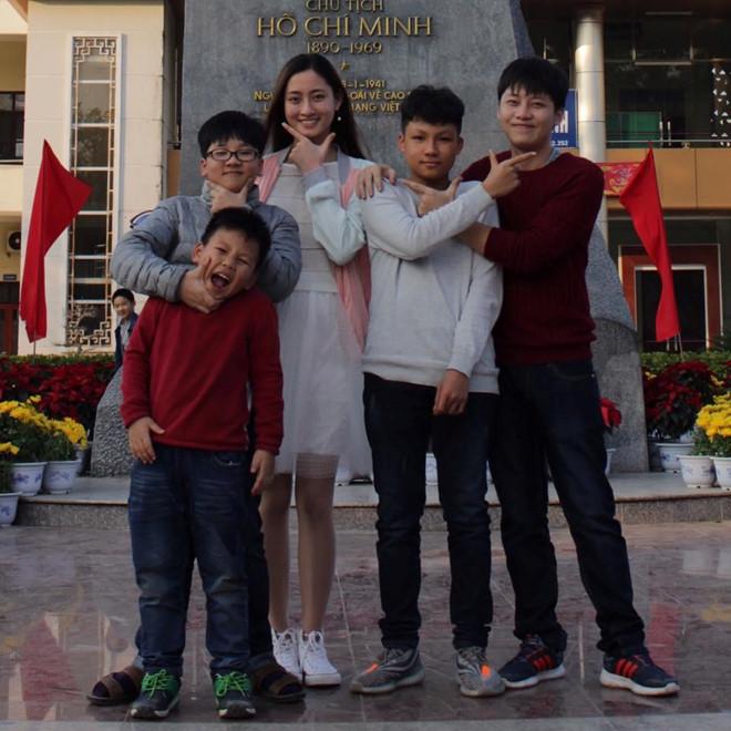Cuộc sống giản dị của Hoa hậu Lương Thùy Linh trước khi đăng quang-6