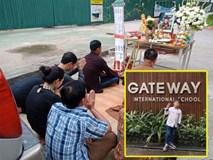 Người thân bật khóc làm lễ cầu siêu tại nơi đỗ chiếc xe để quên bé trai 6 tuổi trường Gateway