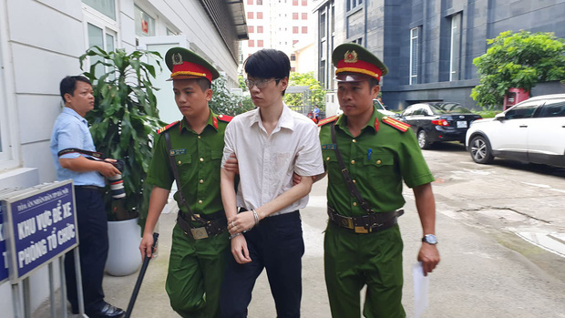 Gã thanh niên hiếp dâm, sát hại nữ sinh trường sân khấu điện ảnh ở Hà Nội nhận án tử hình-1