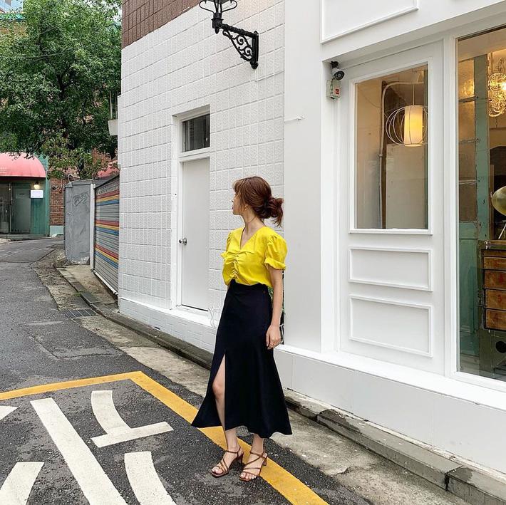 Hè qua thu tới, các quý cô Châu Á đã rục rịch diện blazer đẹp hết ý trong street style tuần này-15