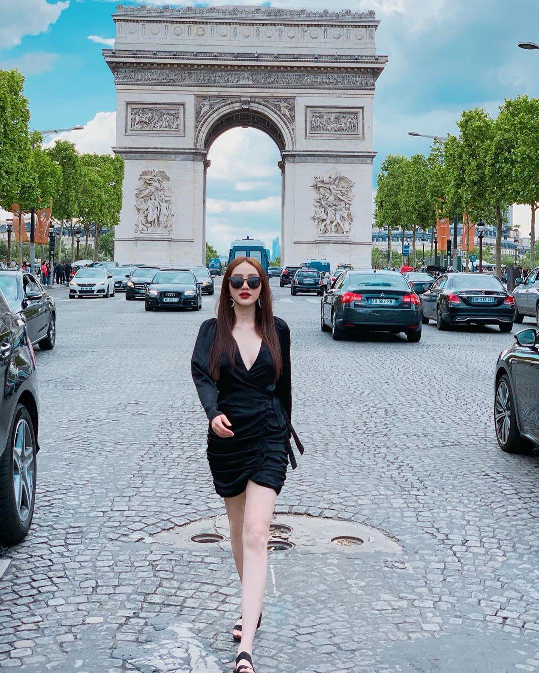 Dù nấm lùn, bạn vẫn thừa sức mặc đẹp và trông cao ráo như Bảo Thy nếu áp dụng 3 tips từ style du lịch của cô-3