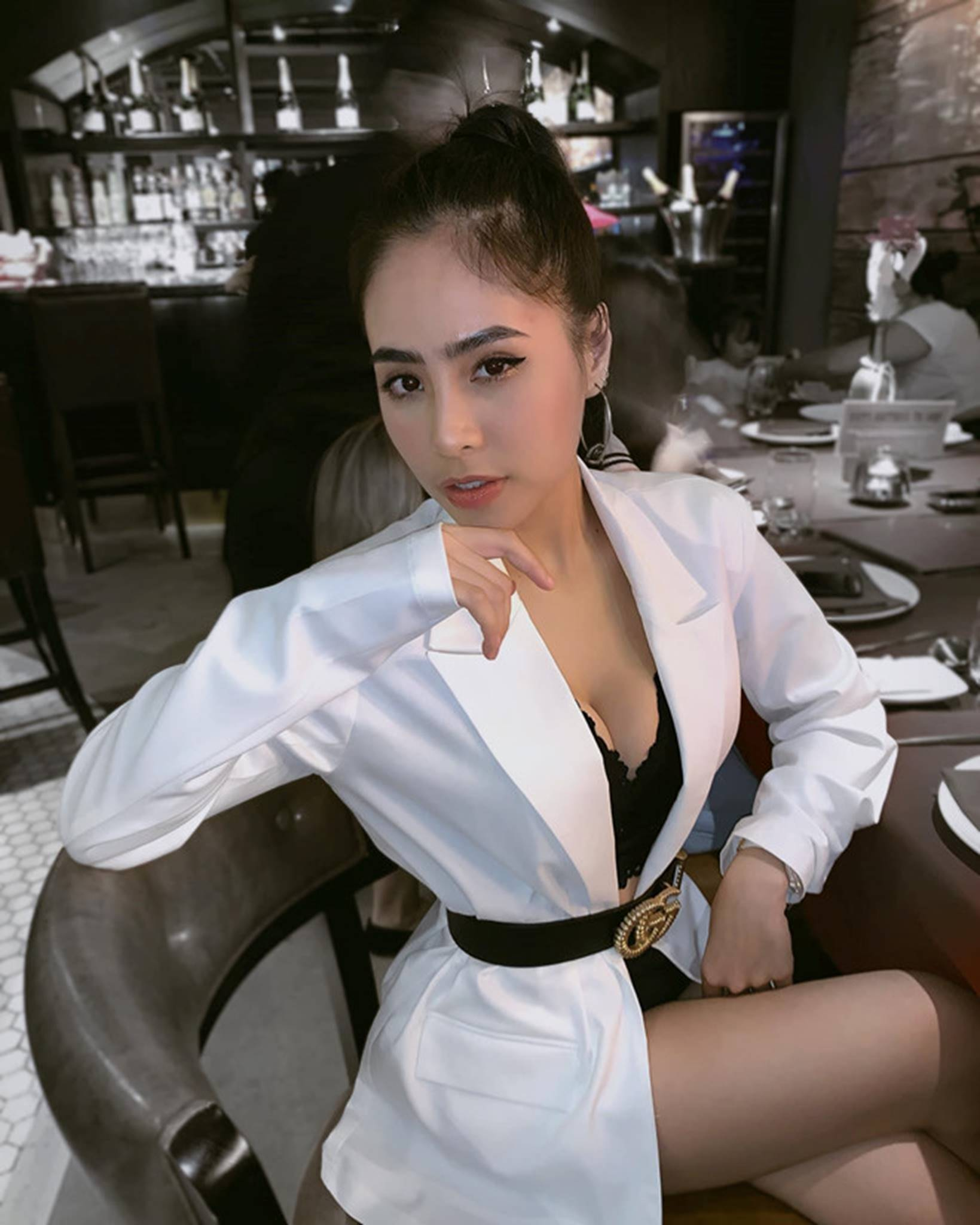 Ca nương Kiều Anh đăng ảnh diện bikini khoe vòng một 90 cm-10