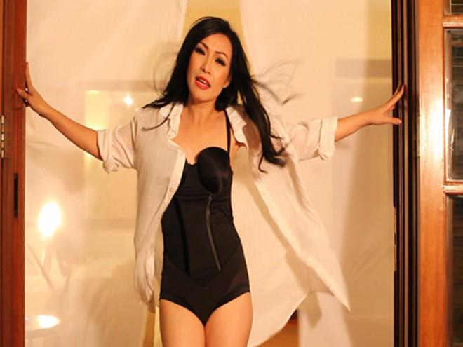 Hình ảnh bikini nóng bỏng của ca sĩ Phương Thanh-2