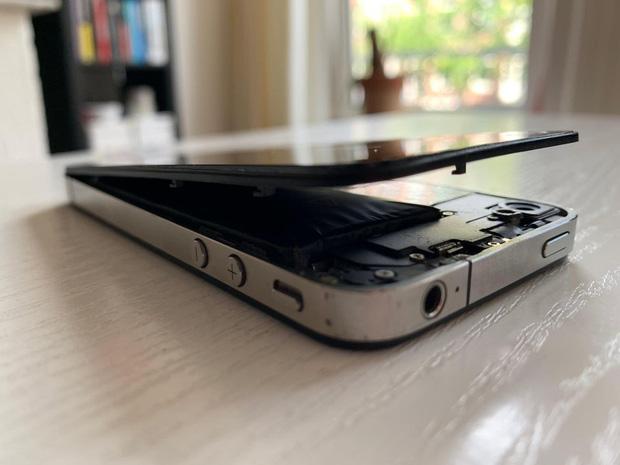 Vứt iPhone cũ trong tủ không dùng, tưởng chừng vô hại để rồi tá hỏa vì cái kết đáng sợ khôn lường-1