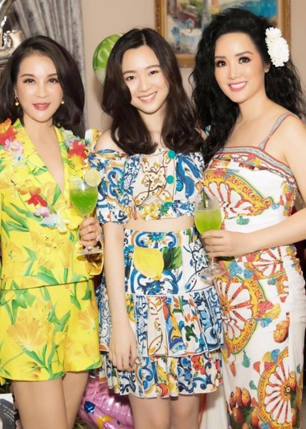 Ngỡ ngàng với diện mạo xinh đẹp của các ái nữ nhà sao Việt: Toàn là những mỹ nhân hàng đầu, sở hữu cuộc sống sang chảnh ai cũng ghen tị-2