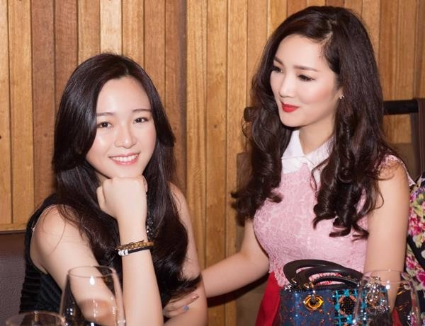 Ngỡ ngàng với diện mạo xinh đẹp của các ái nữ nhà sao Việt: Toàn là những mỹ nhân hàng đầu, sở hữu cuộc sống sang chảnh ai cũng ghen tị-6