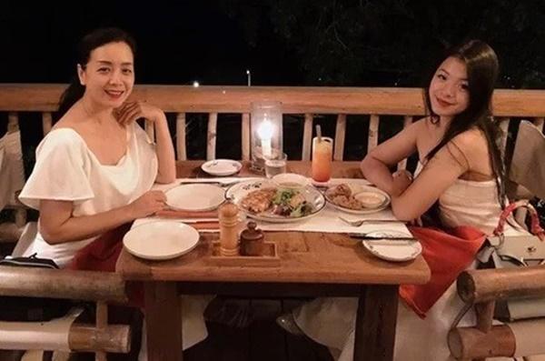 Ngỡ ngàng với diện mạo xinh đẹp của các ái nữ nhà sao Việt: Toàn là những mỹ nhân hàng đầu, sở hữu cuộc sống sang chảnh ai cũng ghen tị-19