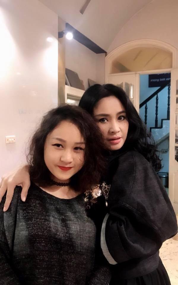 Ngỡ ngàng với diện mạo xinh đẹp của các ái nữ nhà sao Việt: Toàn là những mỹ nhân hàng đầu, sở hữu cuộc sống sang chảnh ai cũng ghen tị-23