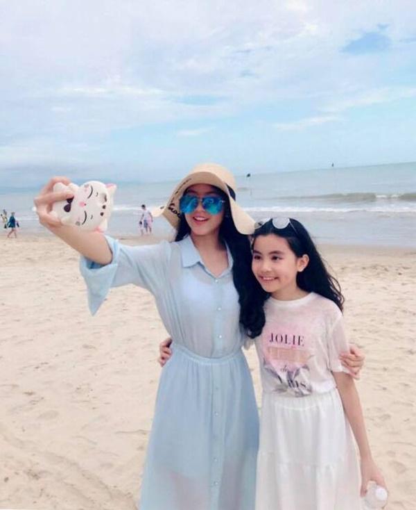 Ngỡ ngàng với diện mạo xinh đẹp của các ái nữ nhà sao Việt: Toàn là những mỹ nhân hàng đầu, sở hữu cuộc sống sang chảnh ai cũng ghen tị-33