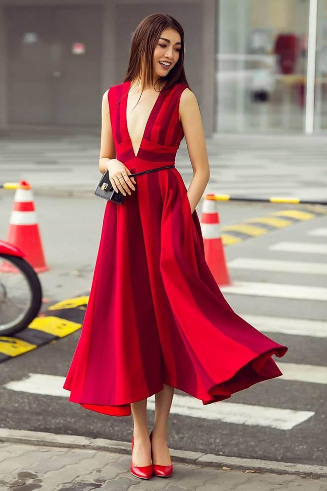 Mỹ nhân Việt đua mốt váy khoét tận rốn: người được khen nức nở, người ê mặt vì phản cảm-8