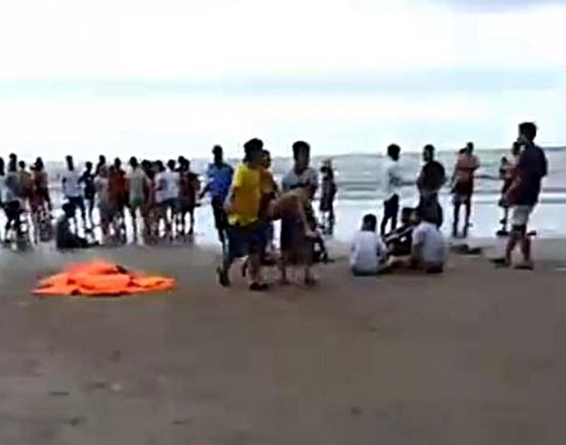 9 người bị sóng biển cuốn trôi, 4 người tử vong-2