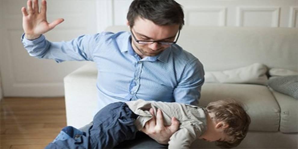 Nếu không muốn trẻ lớn lên ương bướng, ngang ngạnh, cha mẹ đừng bao giờ làm điều này trước mặt con-2