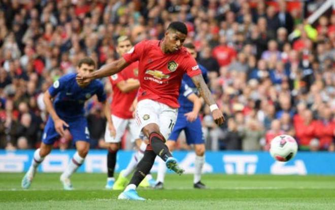 Rashford lập cú đúp, MU vùi dập Chelsea trên sân nhà-1