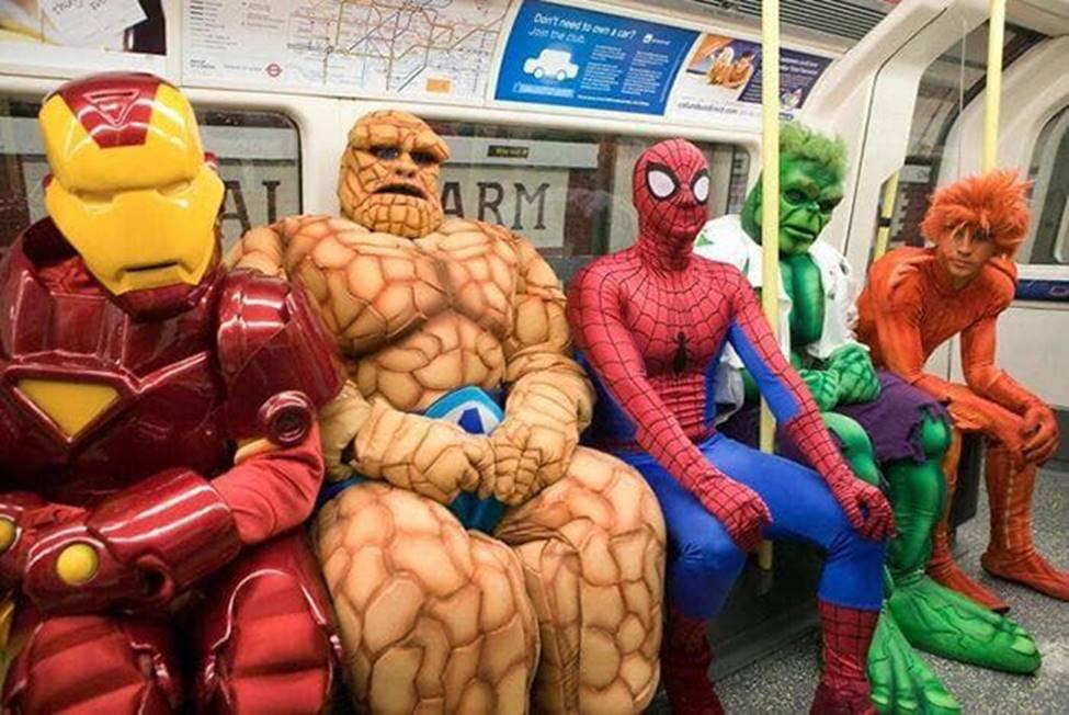 Bắt gặp hình ảnh quái gở chỉ có ở trên tàu điện ngầm-15