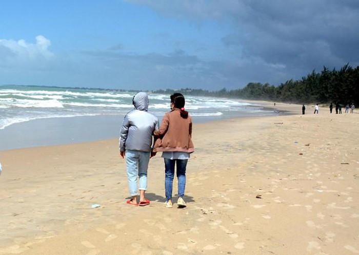 4 người đuối nước ở Bình Thuận: Thương tâm vợ thoát nạn ngóng chồng-1