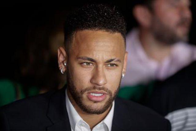 """Neymar mừng rơn khi chính thức trắng án"""" hiếp dâm-1"""